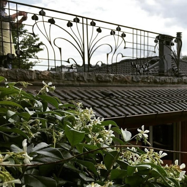 Bombeli Balkon demiri