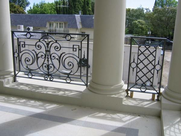 Demir balkon KORKULUK modelleri